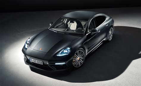 porsche sports car 2017 porsche s 2017 panamera is more sports car than saloon