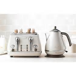 Delonghi Vintage Toaster Toaster And Kettle Set Delonghi Vintage Beige Icona Set