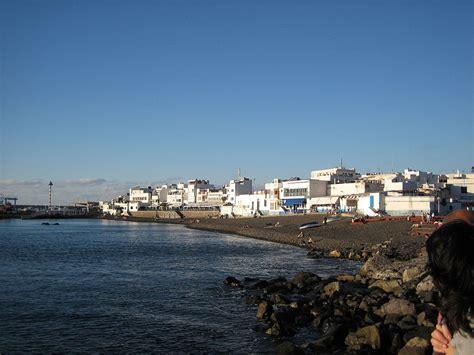 when i was puerto a memoir by esmeralda santiago la casa