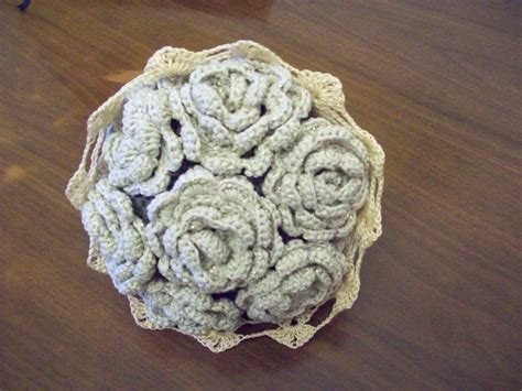 bouquet di fiori all uncinetto bouquet di fiori ad uncinetto feste idee regalo di l