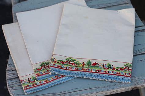 Vintage Shelf Paper by Walrus Vintage Shelf Paper With Decorative Edge Set Of 3