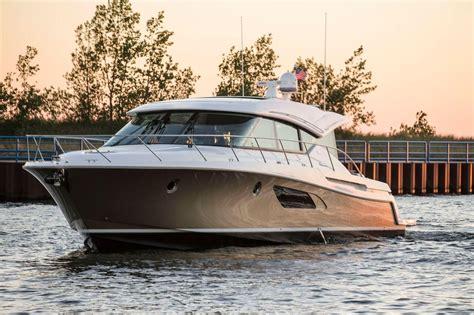 tiara  power boat  sale wwwyachtworldcom