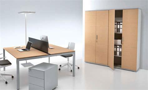 armadi per ufficio in legno armadi ufficio armadi metallici in legno con