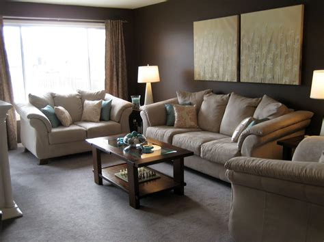Colours That Go With Brown Sofa Curtain Color Matching Tan Color Living Room Furniture