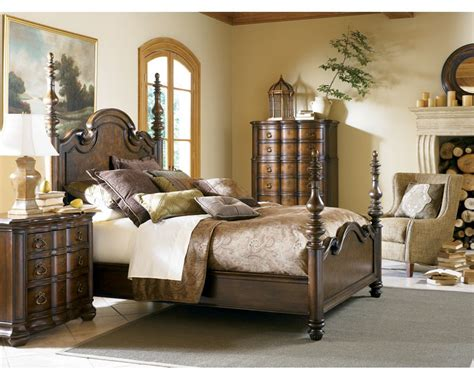 Thomasville Bedroom Furniture by Lucca Stand Bedroom Furniture Thomasville Furniture
