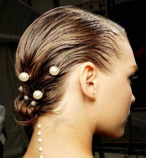 wet  haare stylingvarianten fuer kurze und lange frisuren