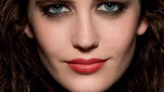 colored contacts halloween city eva green
