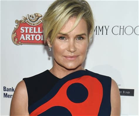 yolanda foster does she have fine or thick hair foster does she have fine or thick hair pregnant zoe