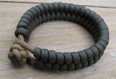 paracord weave styles in and out paracord bracelet leatherman pinterest