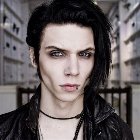 andy biersack hairstyle 8 facts about andrew biersack fact file