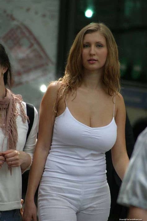 Big Breast Girls Candid Juggs Are The Best