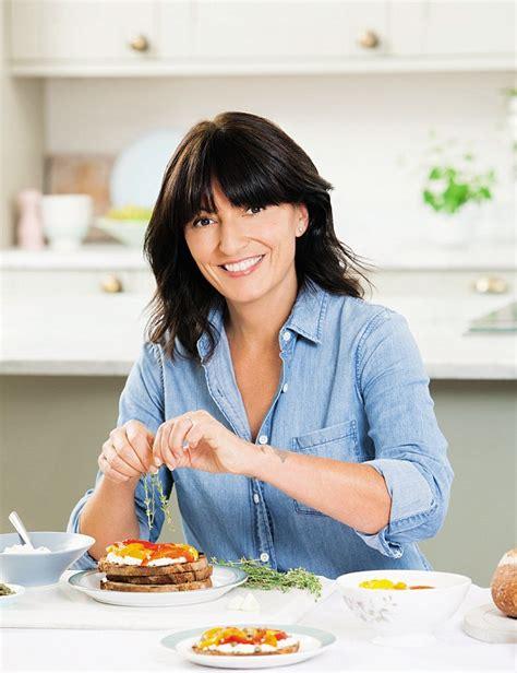 Davina Top M02 2 davina mccall releases new sugar free cookbook daily mail