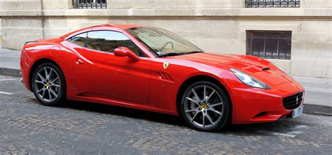 ferrari california 2010 file ferrari california paris august 2010 jpg wikimedia