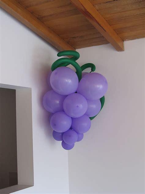 imagenes de uvas en globos decoracion primera comunion angeles y arcos con globos