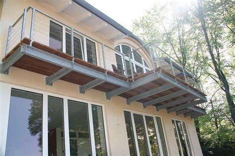 was kostet ein edelstahlgeländer mit glas balkon aus aluminium kosten m 246 bel ideen und home design