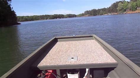 how heavy is a 12 foot jon boat jon boat on the lake going 29 mph youtube