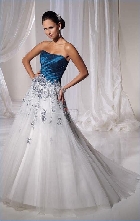 hochzeitskleid in blau ice blue and silver bridesmaid dresses idea designers