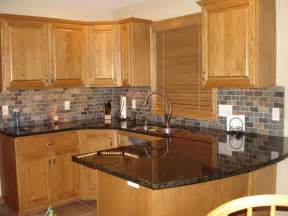 Oak Cabinets Kitchen Ideas by Honey Oak Kitchen Cabinets With Black Countertops