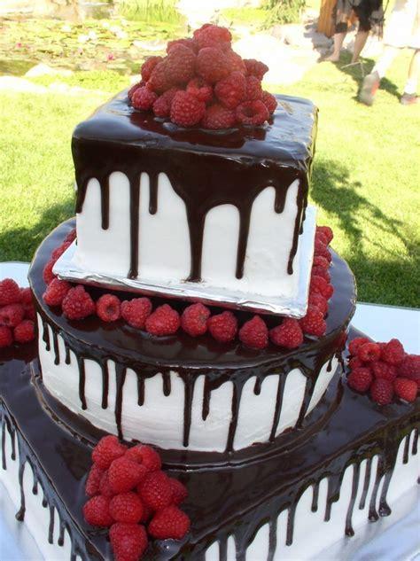 Best 25  Vegan Wedding Cakes ideas on Pinterest   Snowball