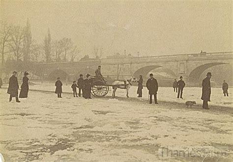 thames river frozen the river thames frozen near kingston bridge