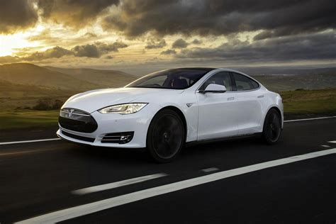 P85d Tesla 5 Best Hybrids And Electrics Cars Of 2015 Digital Trends