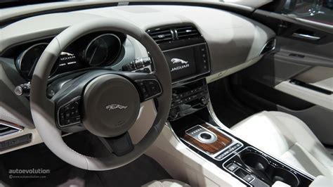 imagenes interior jaguar xe jaguar xe 2016 interior www pixshark com images