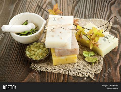 Handmade Soap Ingredients - handmade soap with ingredients wooden