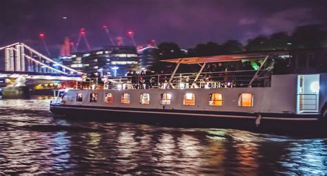 thames river cruise time schedule thames bonfire night cruise london fireworks 2018
