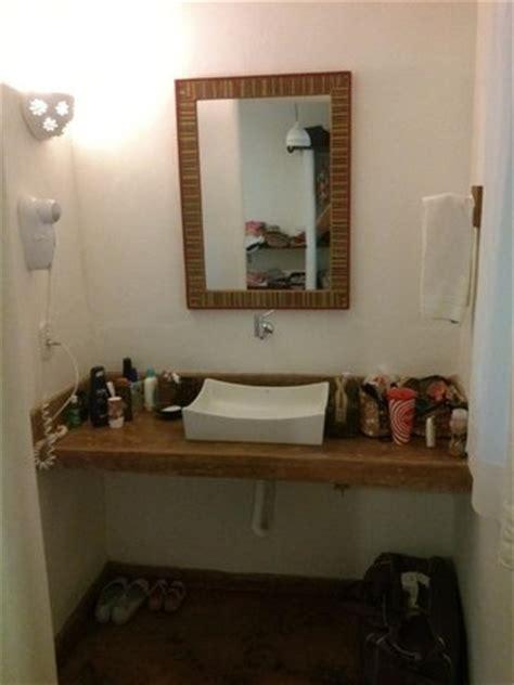 lavabo fora do banheiro pia fora do banheiro no quarto picture of jardim de