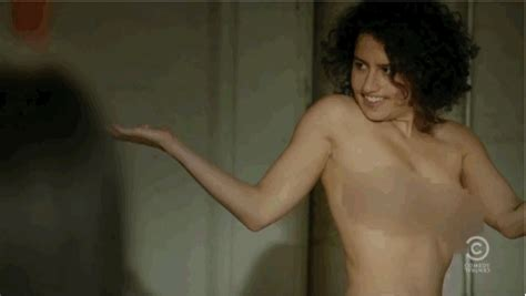 Ilana Glazer Hottest Photos Sexy Near Nude Pictures Gifs