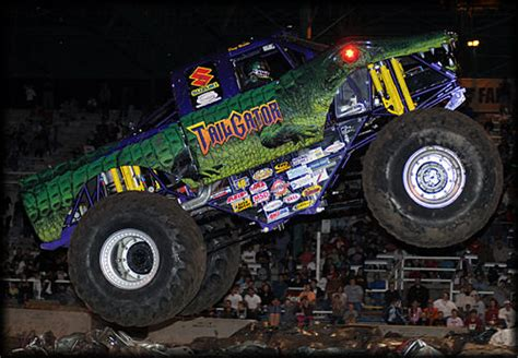 monster truck show memphis tn themonsterblog com we know monster trucks