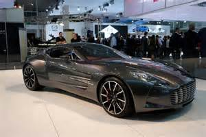 Aston martin one 77 2012 aims photo gallery between the axles