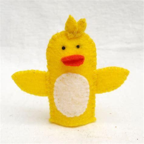 pattern for felt duck felt finger puppet duck animal puppet storytime puppet