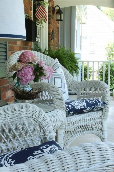 simple front porch designs ideas    white