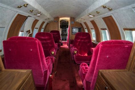 elvis presley plane jet owned by elvis auctioned after sitting on runway for