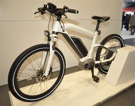 E Bike News by E Bike News 187 Un E Bike Bmw