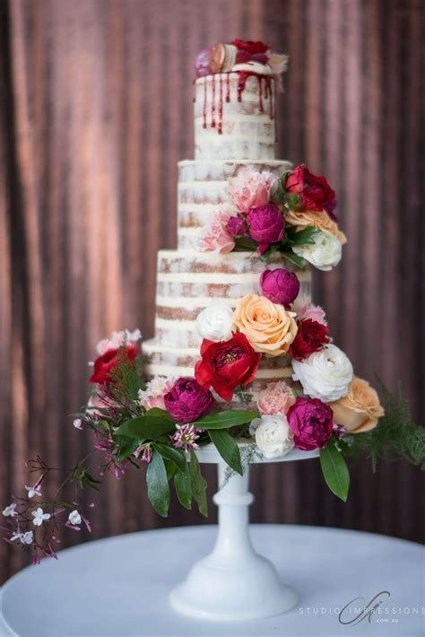 Wedding Cake Flowers   Mondo Floral Designs