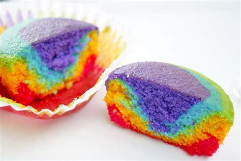 Rainbow Cup cosmocookie rainbow cupcakes
