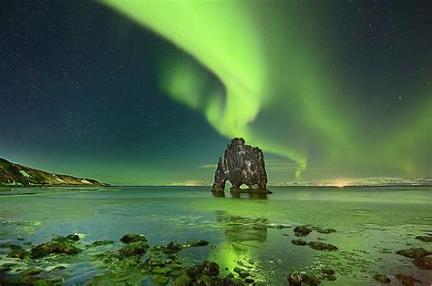 iceland attractions over half of all iceland s tourists from uk and us