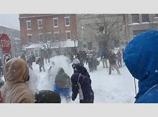 Blizzard 2015: Massive Snowball Fight Breaks Out in ... Yellowstone Park Nj