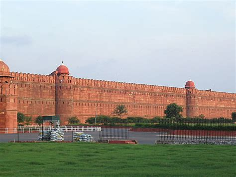 lal qila biography in hindi pin red fort india on pinterest