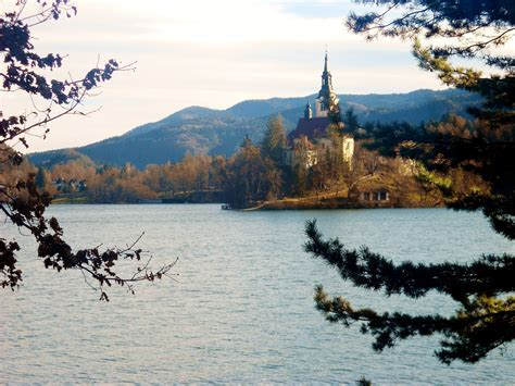 Why you should visit Lake Bled, Slovenia ? Girl in Florence