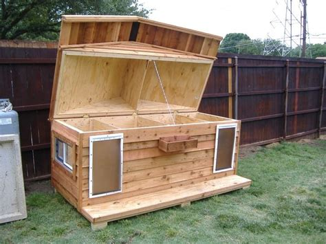 dog rooms in houses 2 room dog house plans beautiful best 25 insulated dog houses ideas only on pinterest