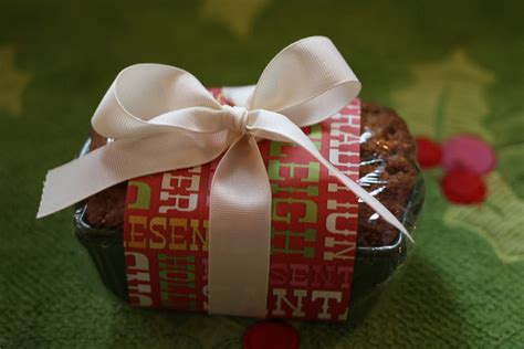 keeping my cents 162 162 162 frugal neighbor gifts banana nut bread