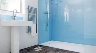 wandpaneele badezimmer glas statt fliesen im bad pflegeleicht und dekorativ