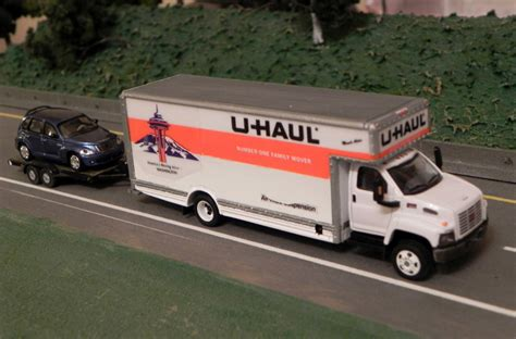 u haul gmc 5500 topkick lo pro moving truck