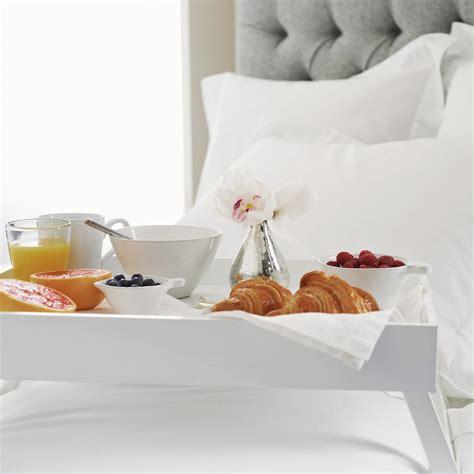 vassoio colazione letto colazione a letto una coccola con stile