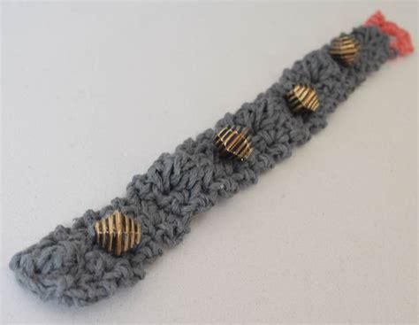 crochet pattern beaded bobble bracelet in hemp cord