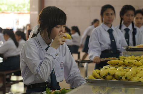 film horor thailand di sekolah senior runpee horor romance dan misteri jadi satu