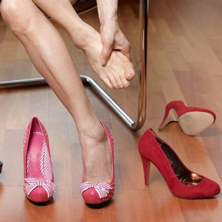 how to make uncomfortable shoes comfortable uncomfortable heels